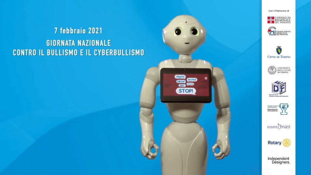 il robottino Pepper su sfondo blu e il loghi dei patrocini del video Passaporto per essere umani